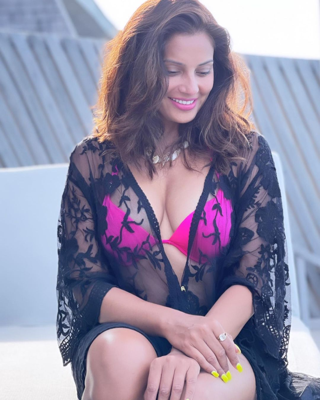 Bold pictures of Bipasha Basu will make you sleepy, fans will be heartened by seeing Funny Jokes